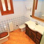 Ferienhaus Mallorca MA6007 Waschtisch im Bad