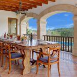 ferienhaus-mallorca-ma6316-terrasse-mit-esstisch