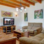 ferienhaus-mallorca-ma6316-wohnraum-mit-tv
