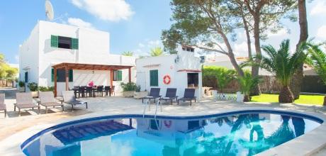 Mallorca Südostküste – Komfort Ferienhaus Cala D'Or 5940 mit Pool in Strandnähe (400m). Wechseltag Samstag – Mindestmietzeit 1 Woche.