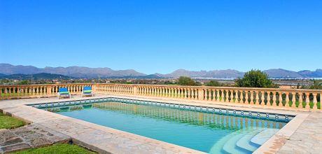 Mallorca Nordküste – Ferienhaus Pollensa 5050 mit Pool, Internet und Meerblick für 10 Personen mieten. Wechseltag Samstag – Mindestmietzeit 1 Woche.
