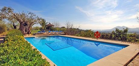 Mallorca Nordküste – Komfort Finca Pollensa 5351 mit Pool und beheizbarem Garten-Whirlpool, Grundstück 40.000qm, Wohnfläche 350qm. Wechseltag Samstag.