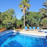 Finca Mallorca MA5670 Sonnenliegen am Pool