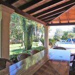 Finca Mallorca MA5670 Terrasse mit Blick in den Garten