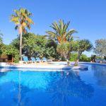 Finca Mallorca MA5670 mit Liegen am Pool