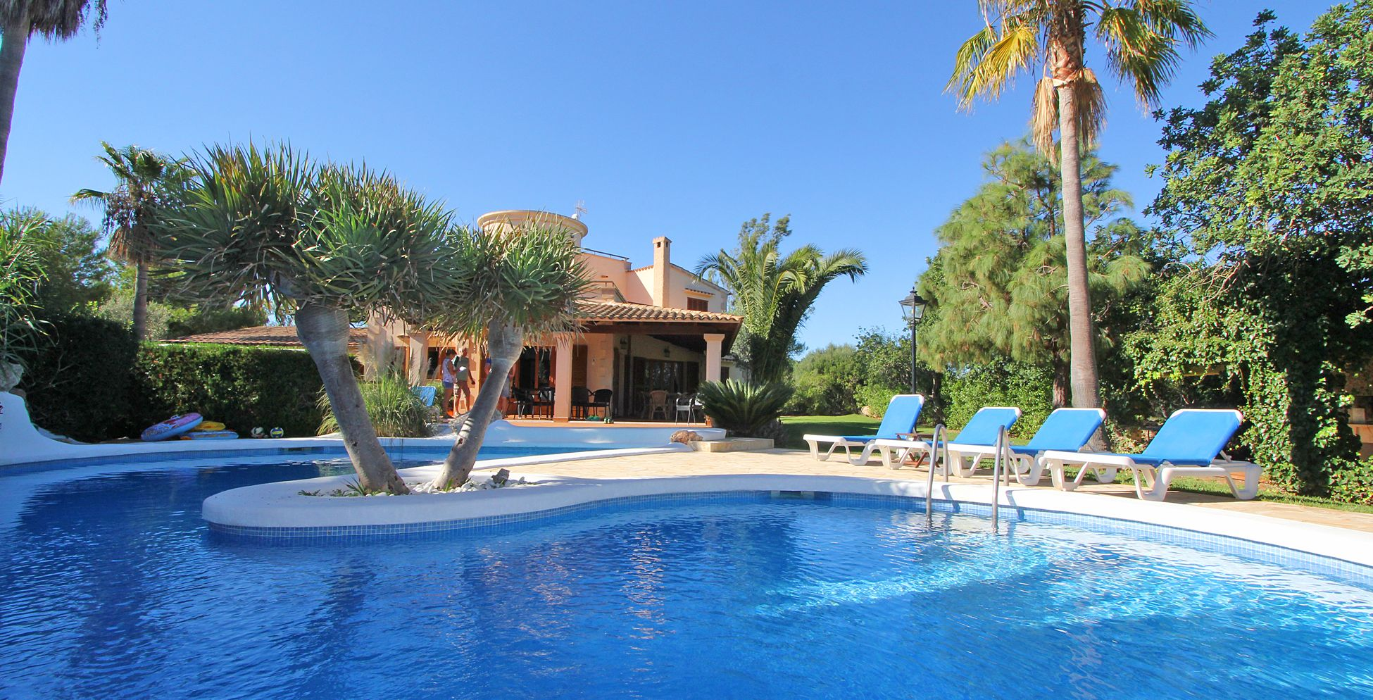 ferienhaus mallorca ma5670 strandnah mit pool zu mieten. Black Bedroom Furniture Sets. Home Design Ideas