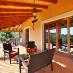 Finca Mallorca MA5675 Gartenmöbel auf der Terrasse
