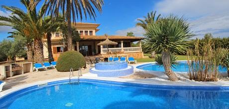 Mallorca Südostküste – Komfort-Finca Cala Sanau 5680 mit Pool und Whirlpool in Strandnähe (Cala Sanau 1,1km) auf herrlichem Gartengrundstück (2.000qm). Wechseltag Samstag. 2018 buchbar.