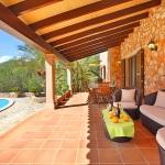 Finca S'Horta MA5656 Gartenmöbel auf der Terrasse