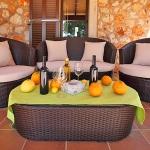 Finca S'Horta MA5656 Terrasse mit Gartenmöbel