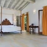 Luxus Ferienhaus Mallorca 5641 Schlafzimmer mit Doppelbett