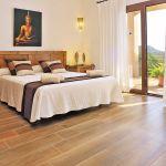 Luxus Finca Mallorca MA5470 Schlafzimmer mit Doppelbett