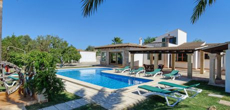 Mallorca Nordküste – Ferienhaus Alcudia 5324 mit Pool und schönem Ausblick für 10 Personen, Strand 1,5km. Wechseltag Samstag! 2019 buchbar.