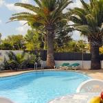 Ferienhaus Mallorca MA4855 - Grundstück mit Palmen