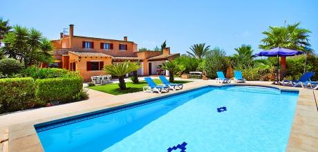 Mallorca Südostküste – Ferienhaus  Cas Concos MA4900 mit Pool und schönem Ausblick, Grundstück 6.000qm, Wohnfläche 244qm. An- und Abreisetag nur Samstag. – 2018 jetzt buchen!