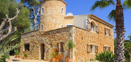 Mallorca Südostküste – Finca Cas Concos 4842 mit Flair + großem Pool in ruhiger Lage, Grundstück 15.000qm, Wohnfläche 190qm. An- und Abreisetag Samstag.