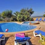 Finca Mallorca MA4882 Sonnenleigen am Pool
