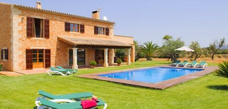 Mallorca Südostküste – Finca Felanitx 4830 mit Pool, Grundstück 15.000qm, Wohnfläche 300qm. An- und Abreisetag Samstag.