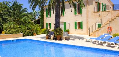 Mallorca Ostküste – Komfort Ferienhaus Portocristo 4043 mit Pool und Meerblick, Grundstück 15.000qm. Wechseltag flexibel – Mindestmietzeit 1 Woche.