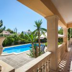 Ferienhaus Mallorca MA4149 Terrasse mit Blick auf den Pool