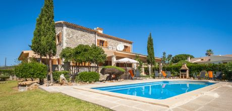 Mallorca Nordküste – Ferienhaus Puerto Pollensa 4149 mit Pool und Internet am Meer mieten. Wechseltag Samstag.