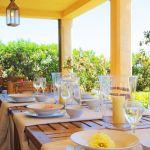 Ferienhaus Mallorca MA4660 Esstisch auf der Terrasse