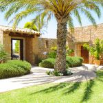 Ferienhaus Mallorca MA4660 Garten mit Palme