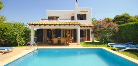 Mallorca Südostküste – Strandnah gelegenes Ferienhaus Cala d'Or 4931 mit Pool und Internet . Wechseltag flexibel – Mindestmietzeit 1 Woche.