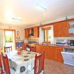 Finca Mallorca MA4580 Küche mit Tisch