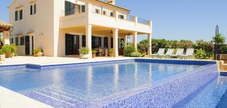 Mallorca Südostküste – Luxusvilla Cala D'Or 4660 mit Pool & Whirlpool, Grundstück 35.000qm, Wohnfläche 250qm. Wechseltag Samstag, Nebensaison flexibel – Mindestmietzeit 1 Woche.