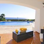 Villa Cala D'Or MA4815 Gartenmöbel auf der Terrasse