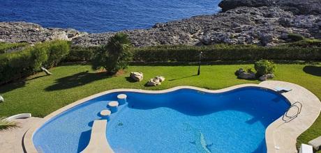 Mallorca Südostküste – Villa Cala D'Or 4815 mit Pool und Kinderpool direkt am Meer, Wohnfläche ca. 200qm. Wechseltag Samstag – Mindestmietzeit 1 Woche.