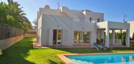 Mallorca Südostküste – Komfort-Villa Cala Dor 4820 mit Pool in Strandnähe (ca. 350m), Grundstück 1.800qm. Wechseltag Samstag – Mindestmietzeit 1 Woche.