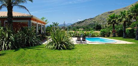 Mallorca Nordküste – Deluxe-Villa Puerto Pollensa 4147 mit Pool für 8 Personen, An- und Abreise nur Samstag möglich.