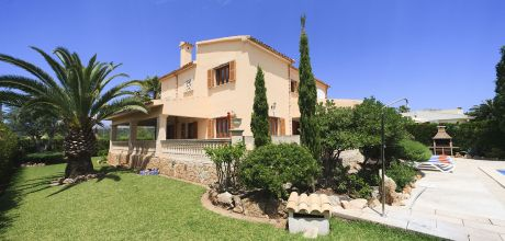 Mallorca Nordküste – Ferienhaus Puerto Pollensa 4149 mit Pool und Internet am Meer mieten. Wechseltag Samstag – Mindestmietzeit 1 Woche.
