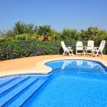 barrierefreies Ferienhaus Mallorca MA4580 Gartenmöbel am Pool