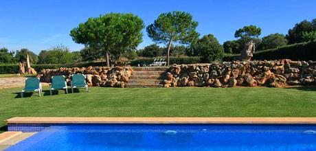 Mallorca Nordküste – Komfort Ferienhaus Muro 4086 mit Pool für 8 Personen auf 5.000qm Grundstück, Strand 6km. Wechseltag flexibel – Mindestmietzeit 1 Woche!
