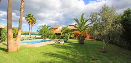 Mallorca Nordküste – Ferienhaus Margalida 4262 mit Pool und großem Garten, Grundstück 3.700qm, Wohnfläche 200qm, Strand 5km. Wechseltag flexibel – Mindestmietzeit 1 Woche.