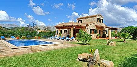 Mallorca Nordküste – Ferienhaus Pollensa 4394 mit Pool in großem Garten mieten, Strand 3,5km. Wechseltag Samstag, Nebensaison flexibel