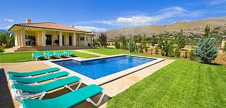 Mallorca Nordküste – Komfortables Ferienhaus Puerto Pollensa 4396 mit Pool für 8 Personen mieten, Strand 2,7km. Wechseltag Samstag, Nebensaison flexibel auf Anfrage.