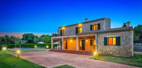 Mallorca Nordküste – Komfort Ferienhaus Alcudia 4397 mit Pool in ruhiger Lage mit schönem Ausblick, Strand 3,9km. Wechseltag Samstag, Nebensaison flexibel auf Anfrage!
