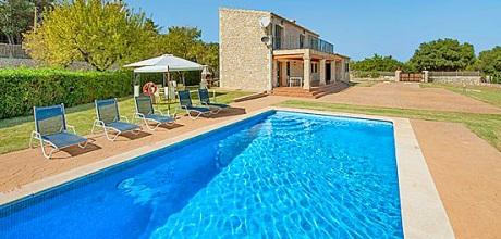 Mallorca Nordküste – Komfort Ferienhaus Alcudia 4397 mit Pool in ruhiger Lage mit schönem Ausblick, Strand 3,9km. Wechseltag Samstag, Nebensaison flexibel auf Anfrage – 2018 jetzt buchen!
