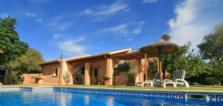 Mallorca Nordküste – Komfort Finca Son Serra de Marina 4038 mit Pool und Weitblick, Grundstück 1.000qm, Strand 5km. Wechseltag flexibel – Mindestmietzeit 1 Woche.