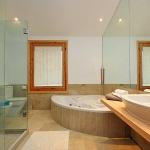 Ferienhaus Mallorca MA4292 - Bad mit Eckwanne