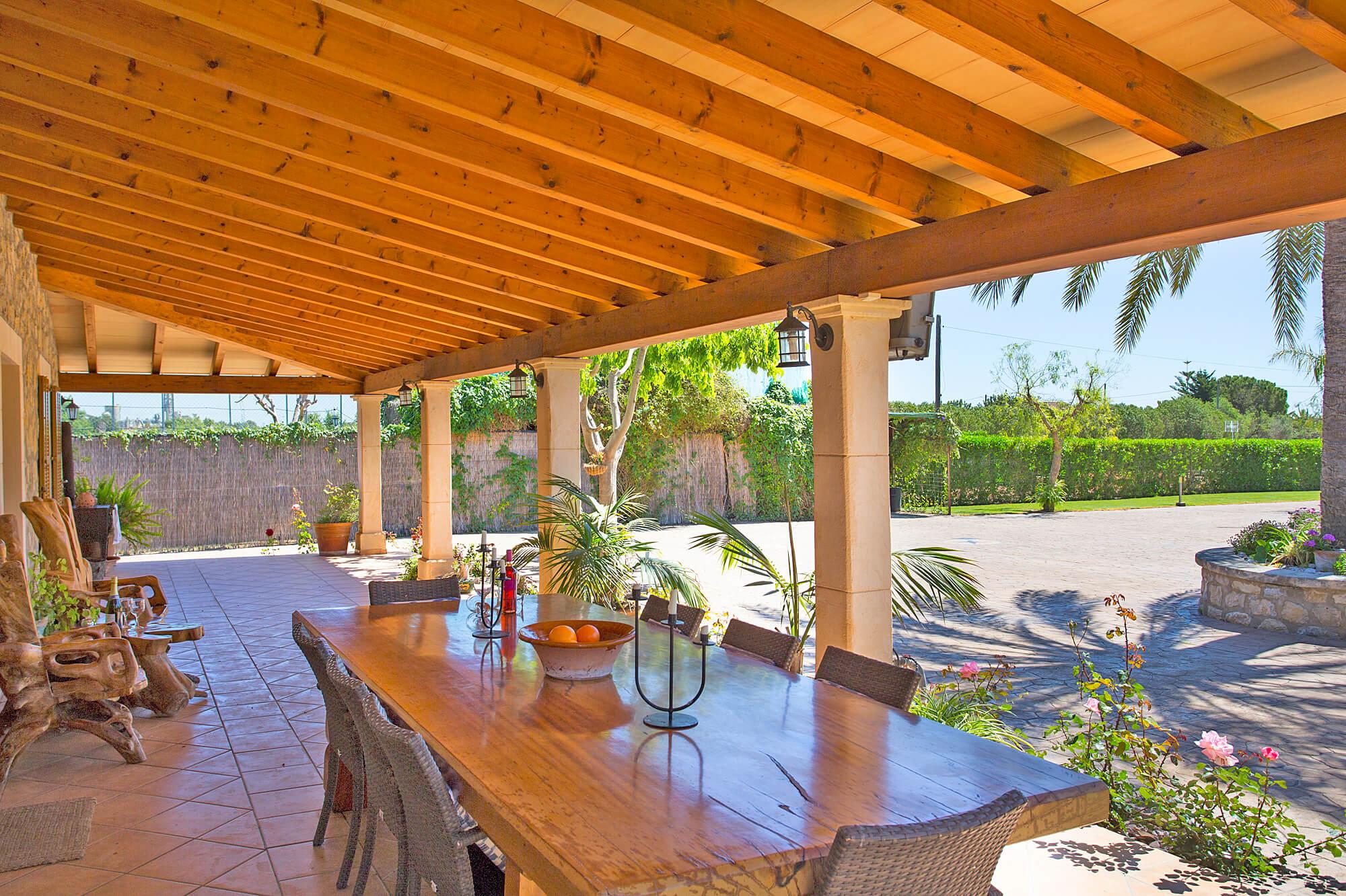 Finca Mallorca MA20 überdachte Terrasse   Ferienhaus & Finca mit ...