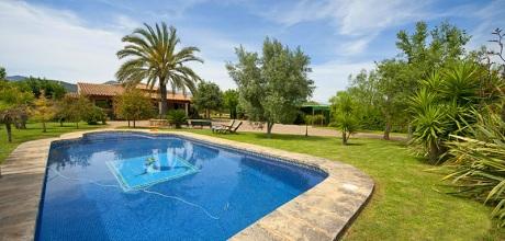 Mallorca Mitte – Finca Binissalem 4170 mit Pool und Tennisplatz, Grundstück 4.000qm, Wohnfläche 240qm. Wechseltag flexibel – Mindestmietzeit 1 Woche. – 2018 buchbar!