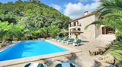 Mallorca Nordküste – Komfortable Finca Pollensa 4312 mit Pool und Panoramablick für 8 Personen. Wechseltag Samstag, Nebensaison flexibel auf Anfrage, gegen Aufpreis.