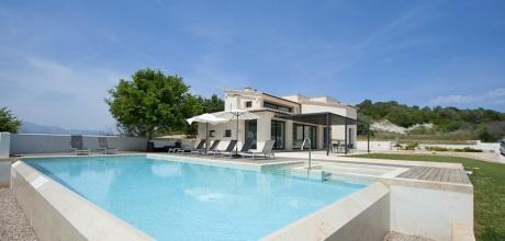 Mallorca Nordküste – Deluxe Villa Santa Margalida 4167 mit Pool und Whirlpool, Grundstück 4.000qm, Wohnfläche 255qm. Wechseltag flexibel – Mindestmietzeit 1 Woche. – 2018 buchbar!