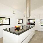 Villa Mallorca MA4167 Küche mit Kochinsel