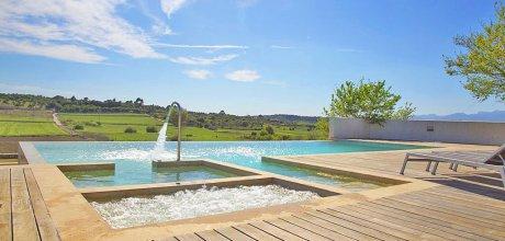 Mallorca Nordküste – Deluxe Villa Santa Margalida 4167 mit Pool und Whirlpool, Grundstück 4.000qm, Wohnfläche 255qm. Wechseltag flexibel – Mindestmietzeit 1 Woche.